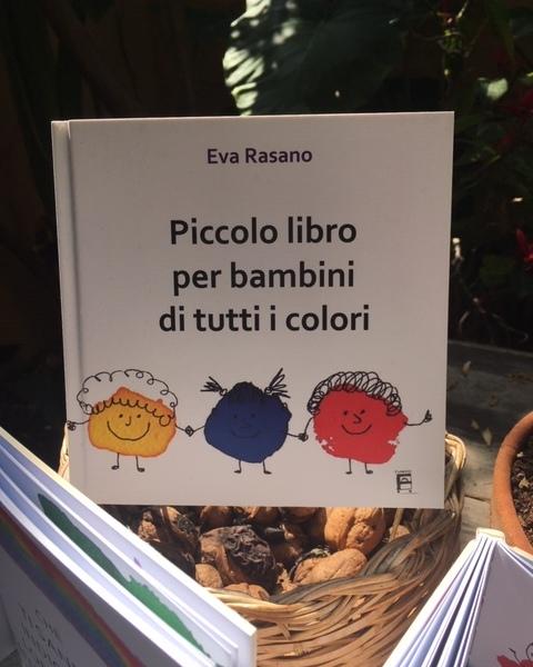 piccolo libro per bambini di tutti i colori